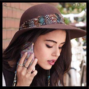 🍂👒 Gorgeous Floppy Wool Hat 👒🍁